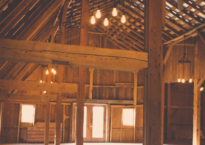 Beautiful Restored Meadow Brook Barn